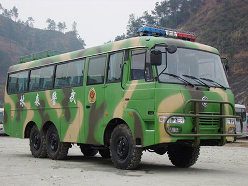 6驱动运兵车