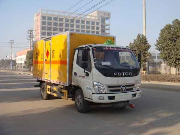 JDF5080XRYB5型易燃液体厢式运输车