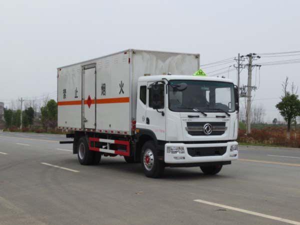 JDF5180XRYE5型易燃液体厢式运输车