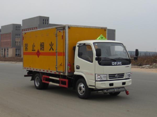 JDF5040XRYE5型易燃液体厢式运输车